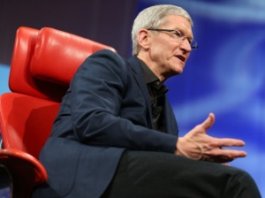 tim_cook_redchair