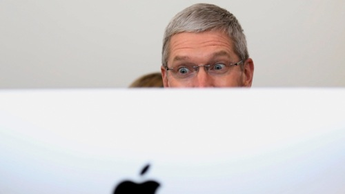 tim-cook_creeping